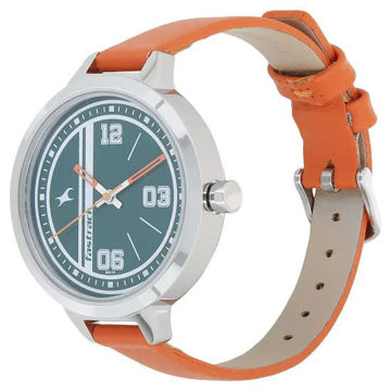Fastrack VARSITY GREEN DIAL LEATHER STRAP WATCH - 6174SL03 price in india features reviews specs